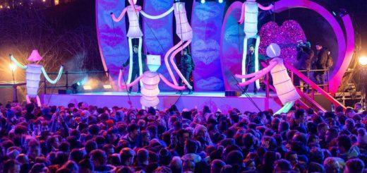 giant puppets big dancers
